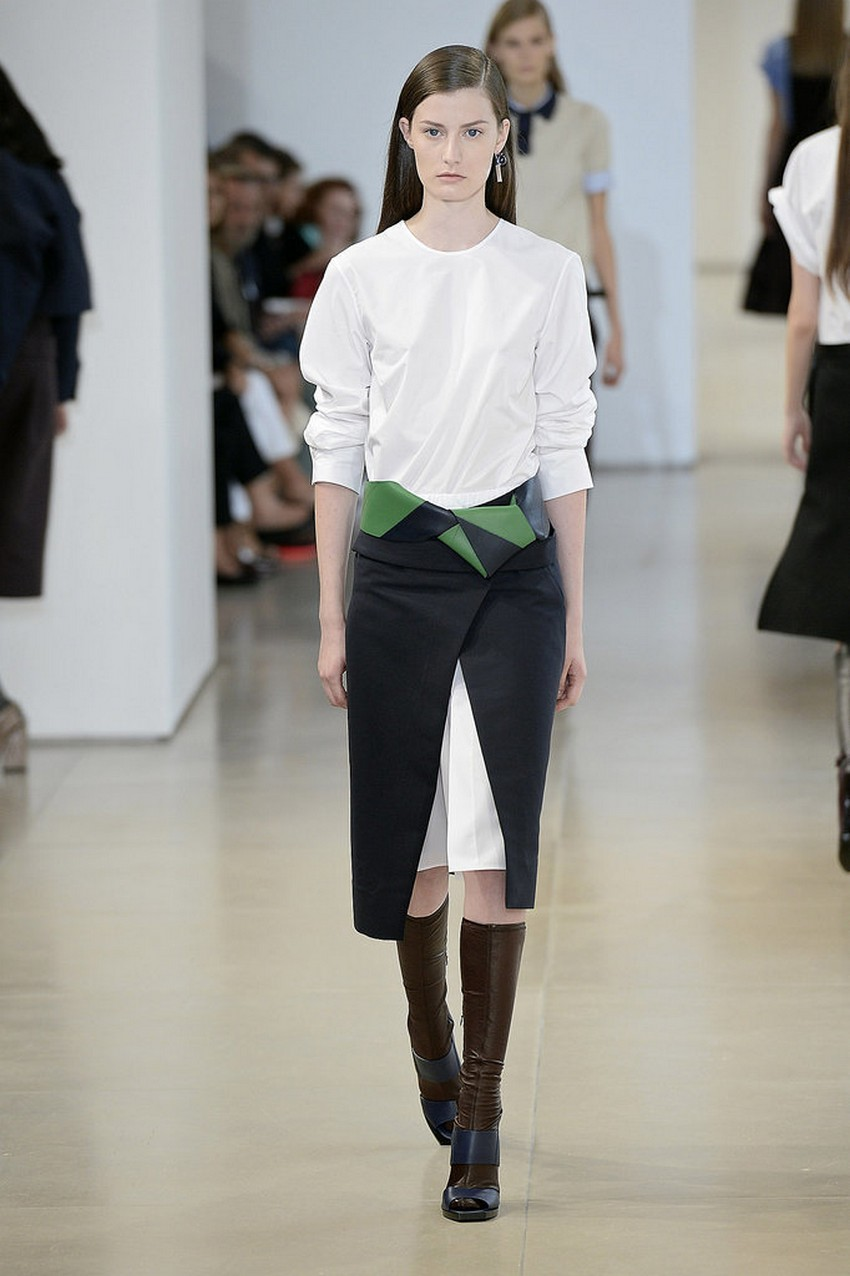 20. The Chic Apron | Hottest Women Fashion Trends Spring 2015 | Image Source: http://www.popsugar.com/