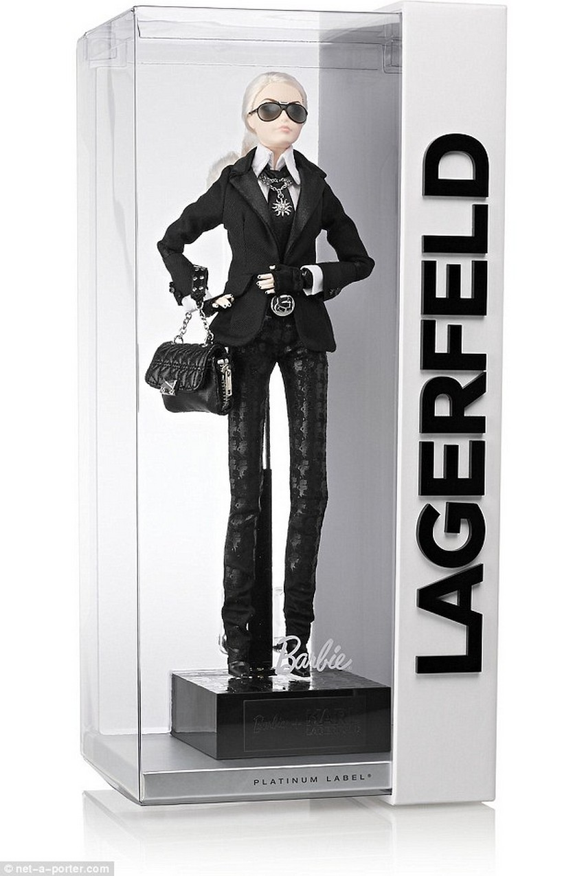 Karl Lagerfeld and Choupette as Cartoons in New Collection | Image Source: dailymail.co.uk