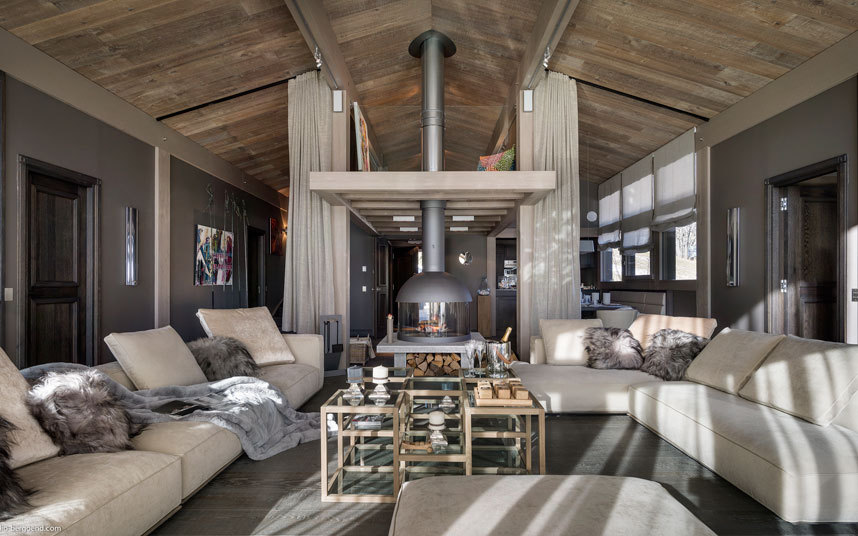 Step Inside This Luxurious Ski Retreat in France