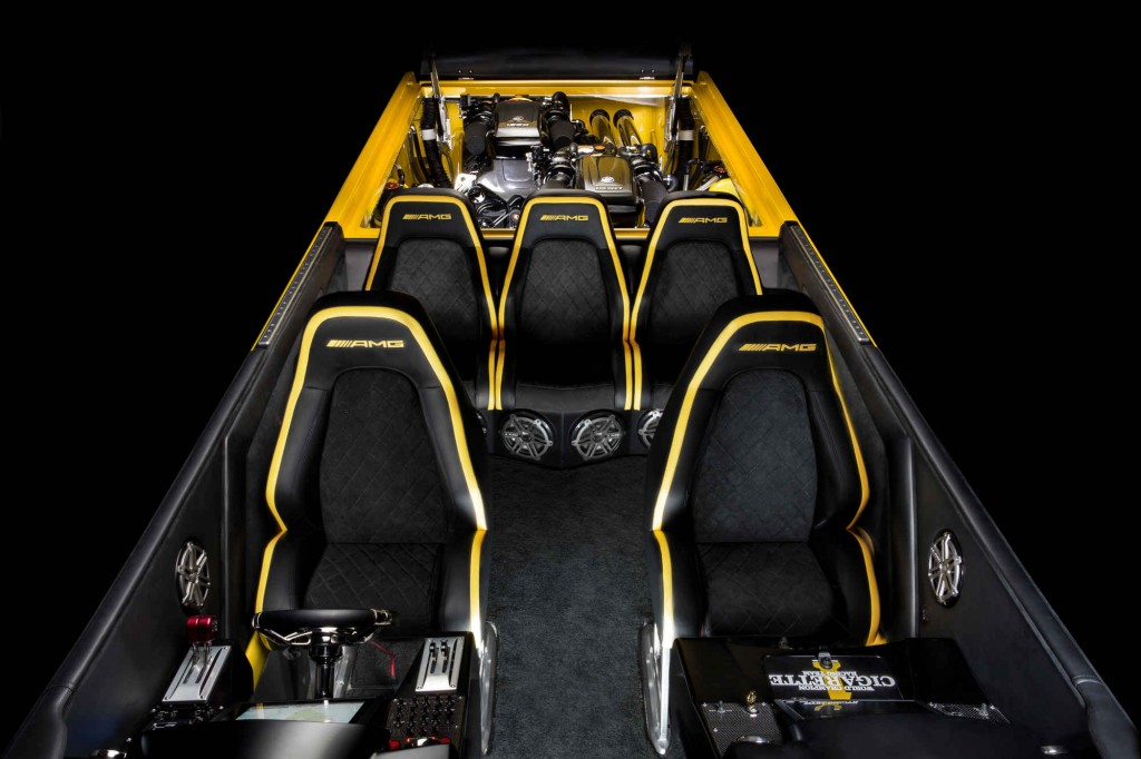 Check Out This 3100 Hp Mercedes AMG Cigarette Boat