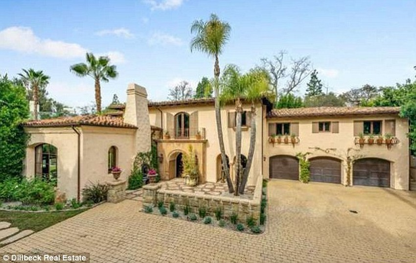Miley Cyrus' Family Home in LA is Selling for $5.9 Million | Image Source: www.dailymail.co.uk