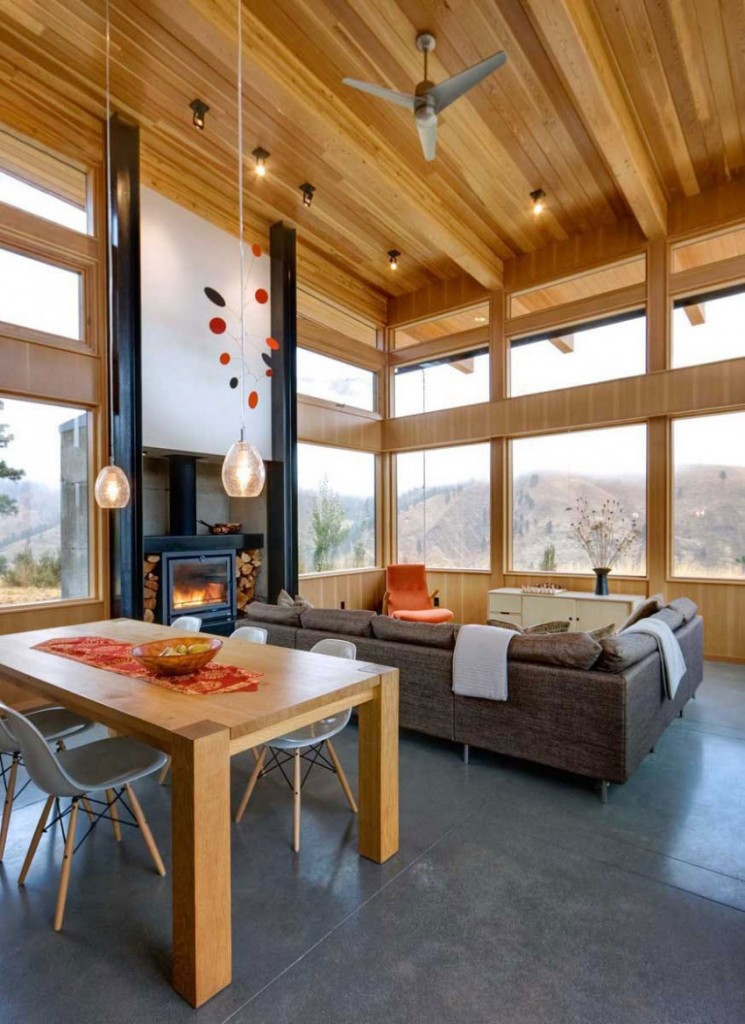 Modern Getaway Home in the Middle of Nowhere