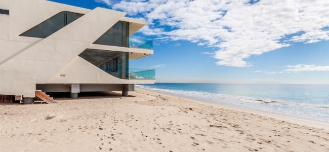 Step Inside This Amazing Malibu Beachfront Residence
