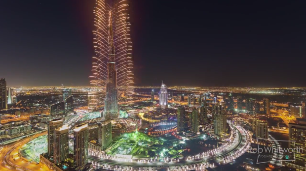 This 'Flow Motion' Time-Lapse is the Most Insane Virtual Tour of Dubai You'll Ever See
