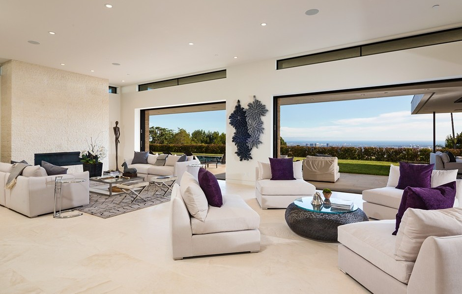 This Insane Luxury Home in LA Might Just Be the Ultimate Bachelor Pad