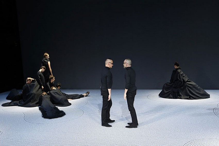 Why Viktor & Rolf Give Up on Ready-to-Wear | Image Source: www.blouinartinfo.com