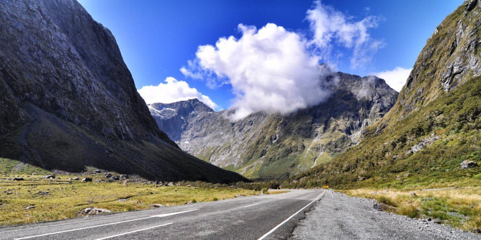 The Milford Road in New Zealand via thetoc.gr