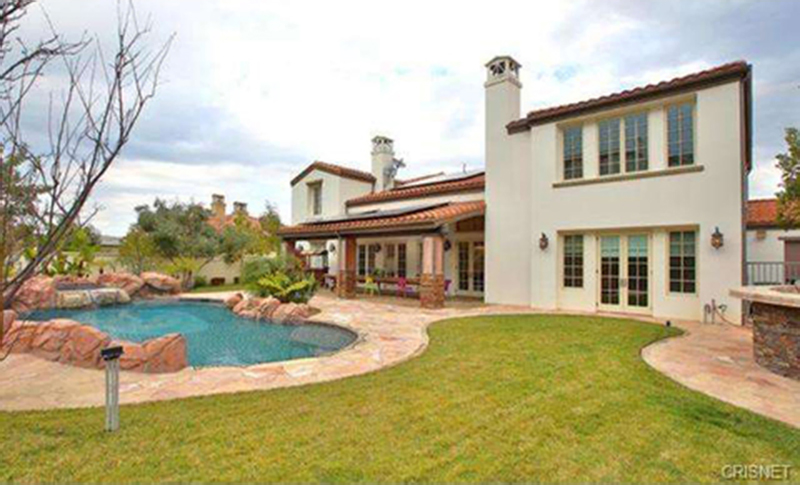 kylie-jenner-new-house-2 7 million - large images ealuxe inside and outside (13)