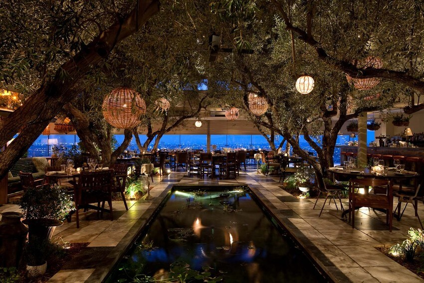 Meet Famous Couples in These 4 Luxurious Restaurants | Soho House, Los Angeles