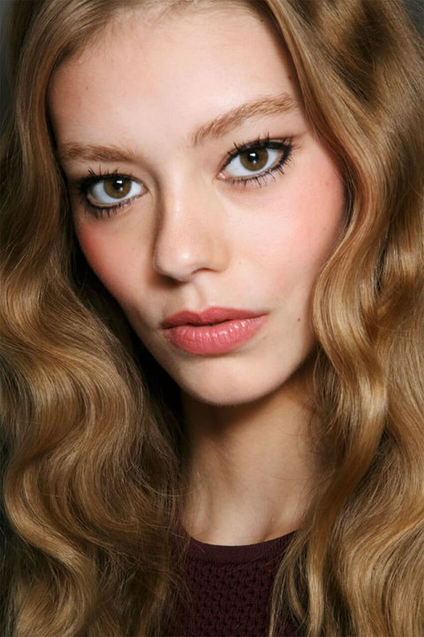 You Have to Try Out These 2015 Spring Makeup Trends | Liquid Eyeliner