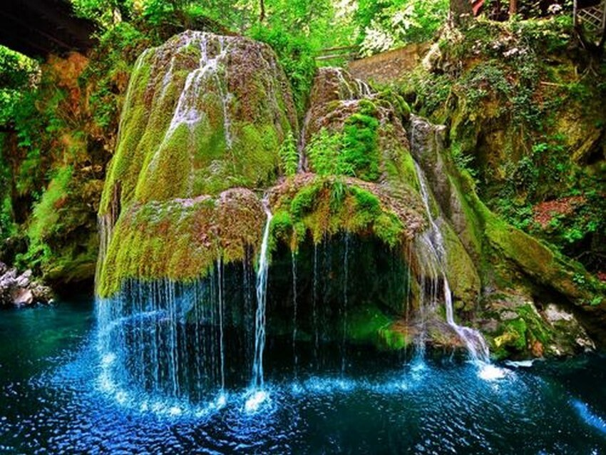 You Have to Visit These Marvelous Places to Believe They Actually Exist | Bigar Waterfall, Romania