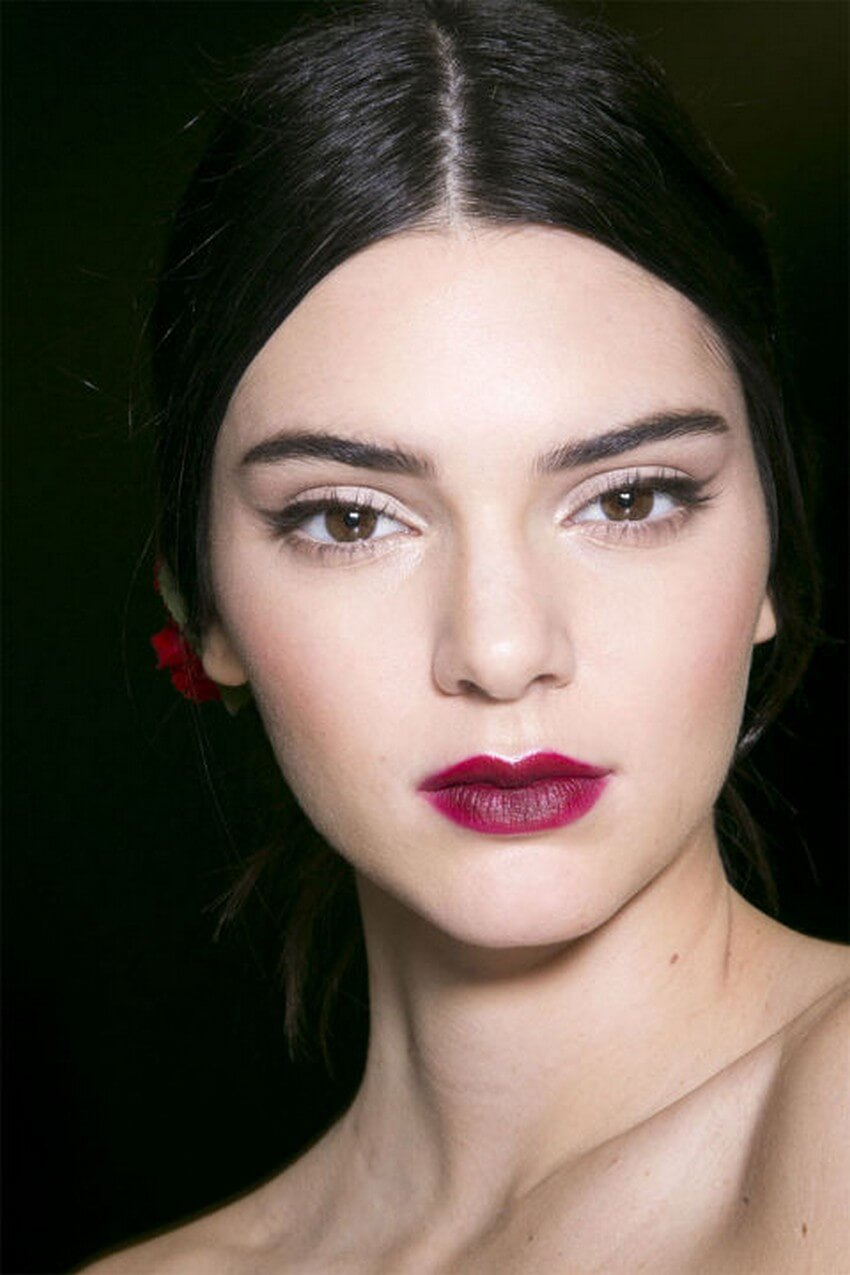 You Have to Try Out These 2015 Spring Makeup Trends | Bold Lips
