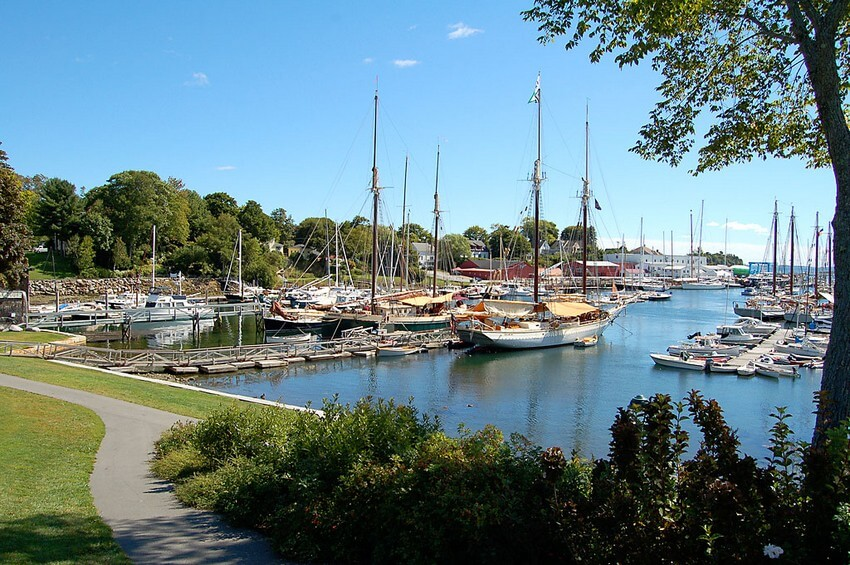 10 Charming New England Towns You Can't Miss | Camden, Maine