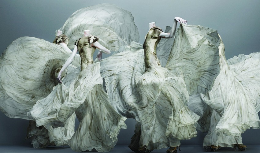 Alexander McQueen Savage Beauty Exclusively in London! | Image Source: blog.metmuseum.org