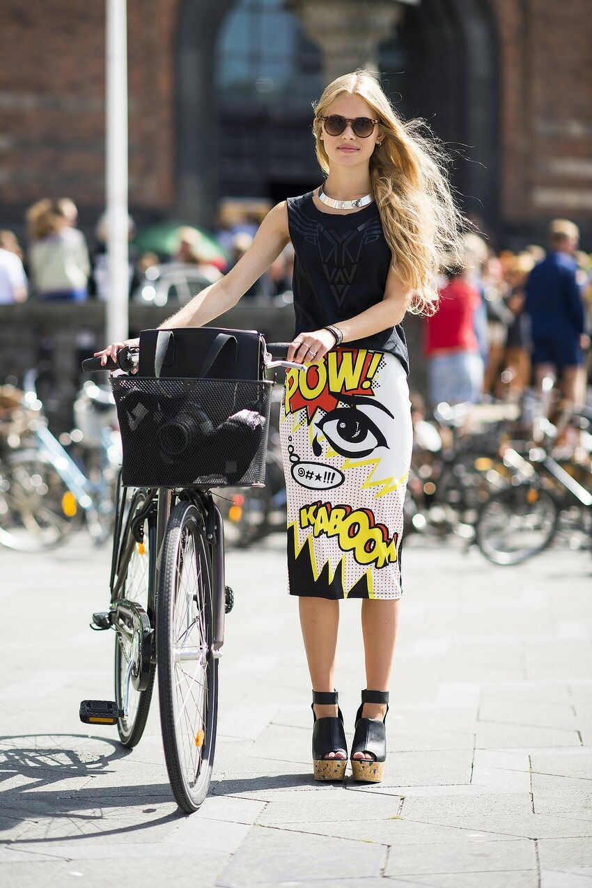 10 Must-Have Clothing Items Every Woman Should Own | A Statement Skirt