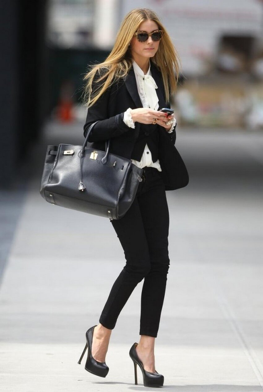 10 Must-Have Clothing Items Every Woman Should Own | A Black Blazer