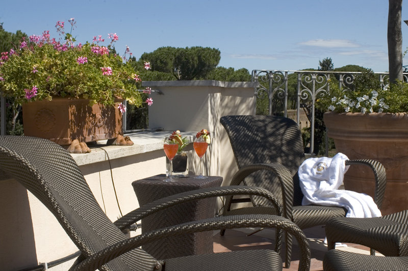 A Luxurious Hotel in the Heart of Rome: Hotel Splendide Royal