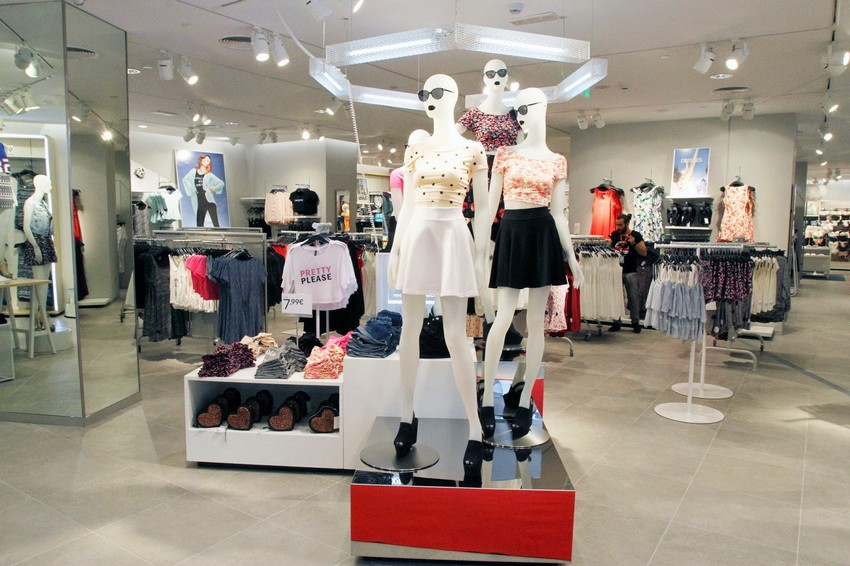 H&M To Open 400 Stores in 2015 After Last Year's Profit | Image Source: stylelaboratoire.blogspot.com