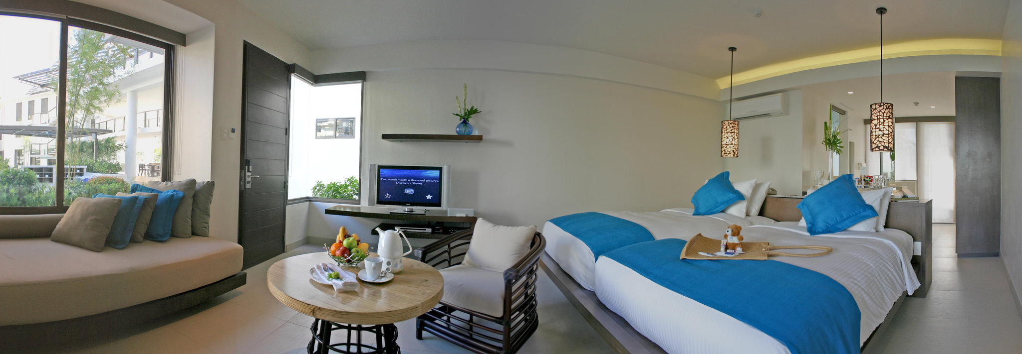 Luxurious Retreat in Boracay Island: Discovery Shores
