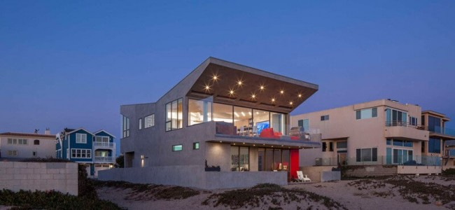 The Silver Strand Beach House Is The Perfect Family Home For You