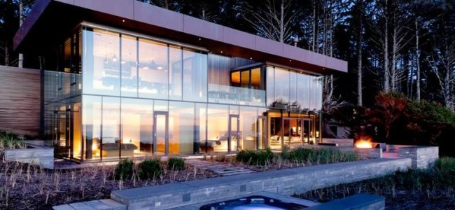 Why This Transparent Beachfront Vacation Home From Oregon Is Your Dream House