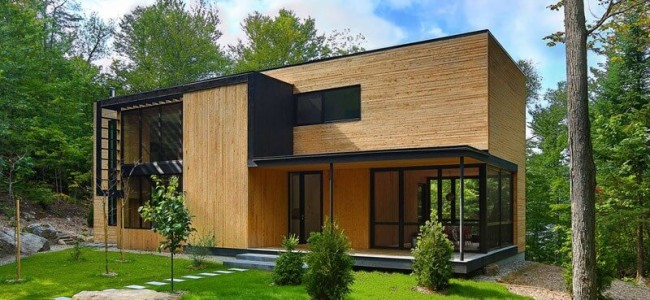 The Wood Clad House From Montreal Is Perfect For A Luxurious Getaway