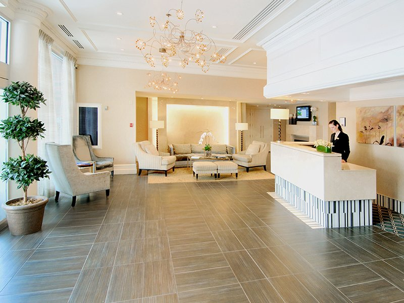 An Elegant Boutique Hotel in the Center of Vancouver: Georgian Court Hotel