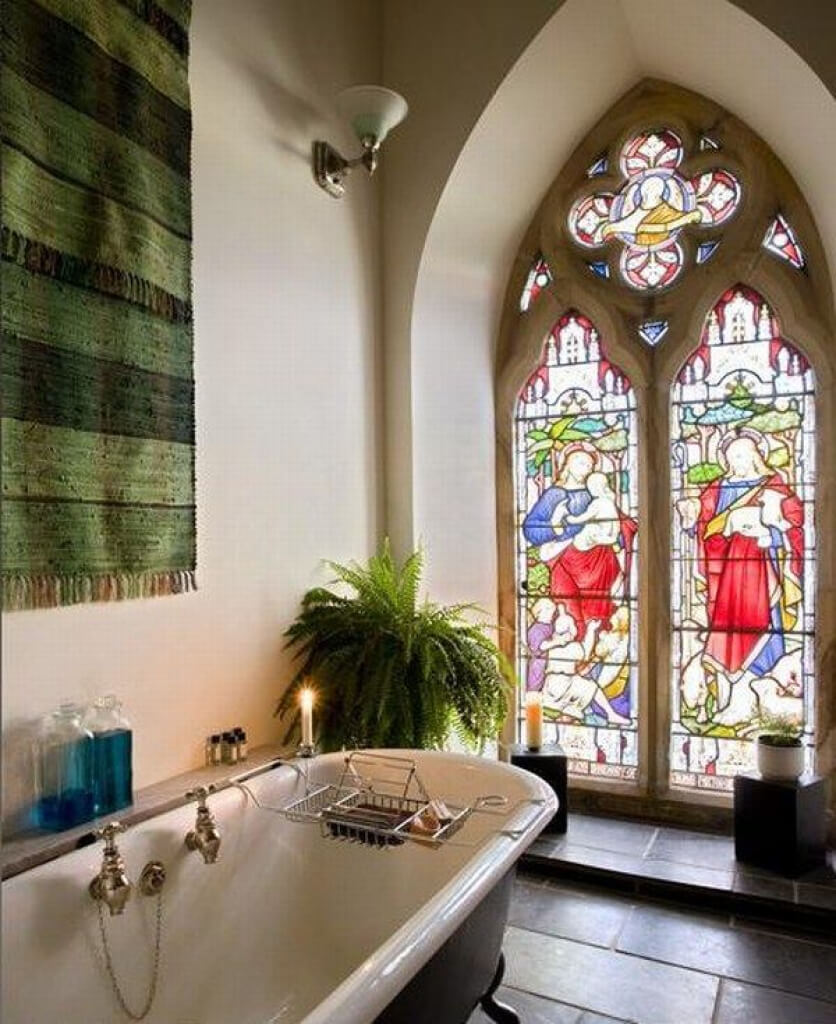 #10 Converted Georgian Church | Churches Converted Into Luxury Homes | Image Source:  homedit.com
