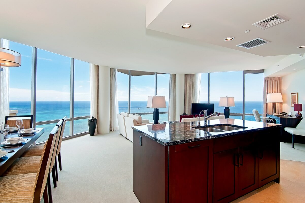 #10 Trump King Penthouse | Most Expensive Penthouses to Rent | Image Source: luxuryretreats.com