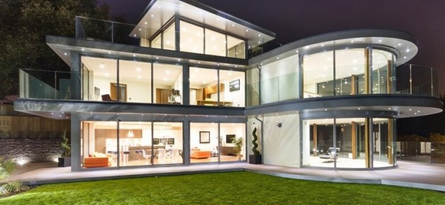 The Ventura House Is An Outstanding Luxury Home Design Project From United Kingdom