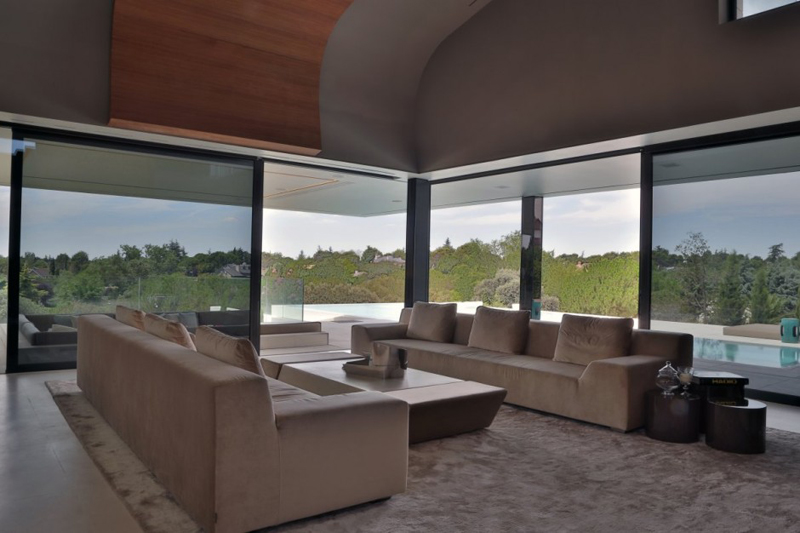 Family Residence Futuristic Luxury Project - EALUXE 10