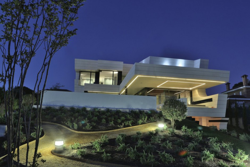 Family Residence Futuristic Luxury Project - EALUXE 3