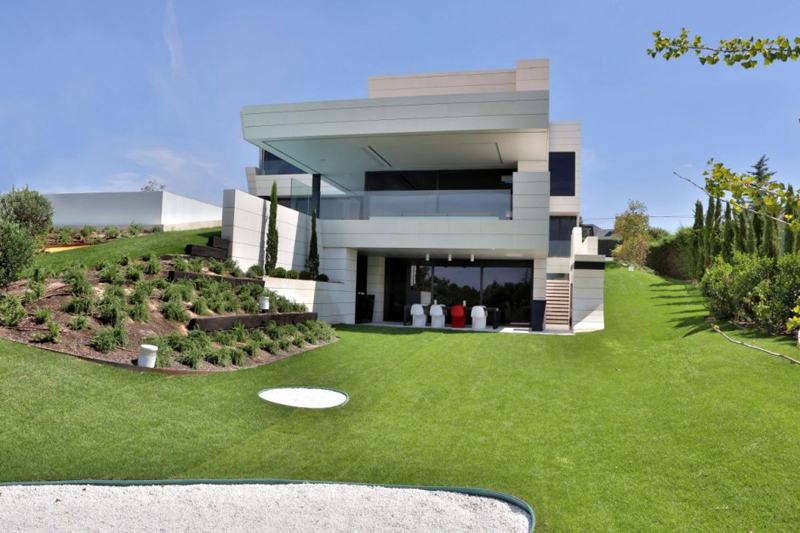 Family Residence Futuristic Luxury Project - EALUXE 4