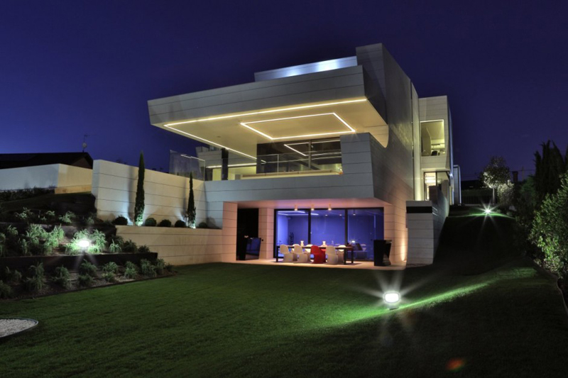 Family Residence Futuristic Luxury Project - EALUXE 6