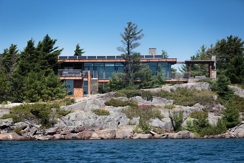 Home In Cottage Country Features Luxurious Design 1