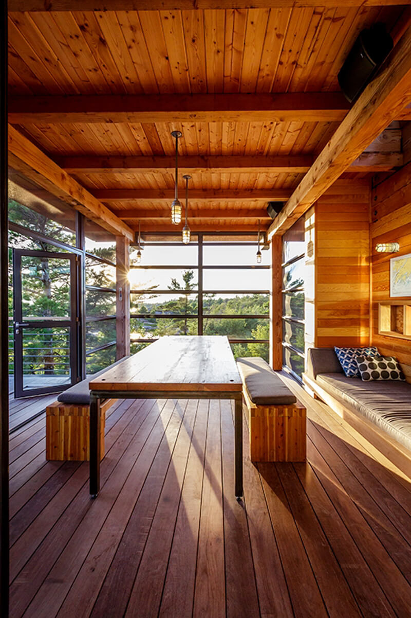 Home In Cottage Country Features Luxurious Design 10