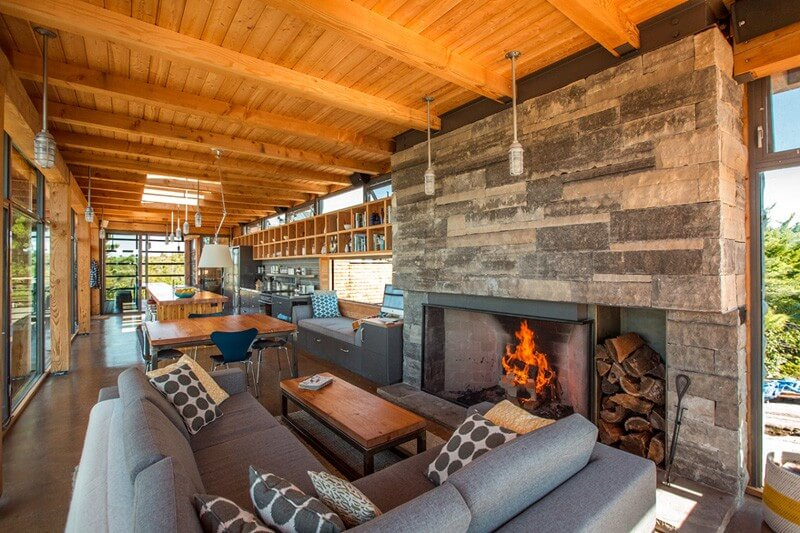 Home In Cottage Country Features Luxurious Design 6