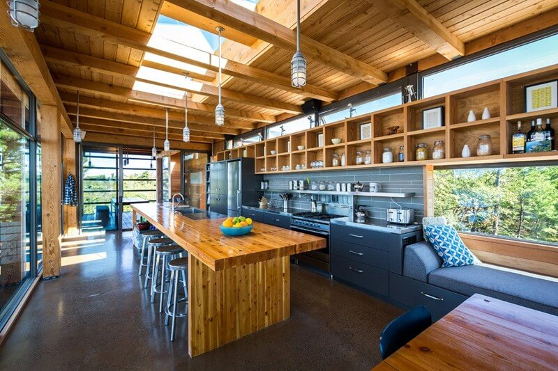Home In Cottage Country Features Luxurious Design 7