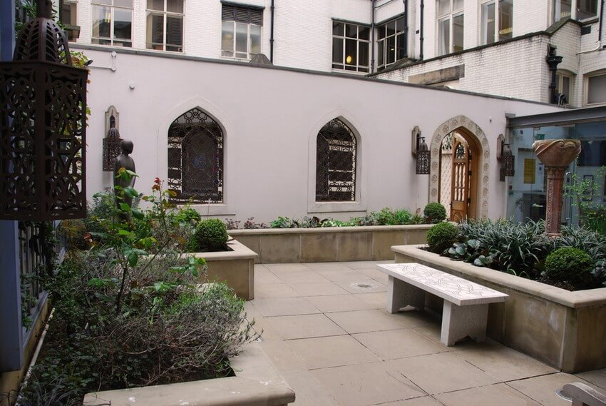 These 5 Magical Places Are London's Hidden Treasures for True Travelers | St. Ethelburga's Peace Garden
