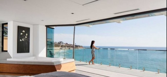 A Luxury Clifftop Home From Laguna Beach Shows Us How The Views Can Change Our Life