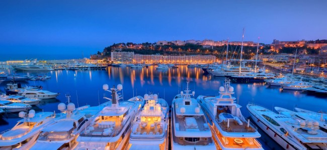 10 Surprisingly Fancy Yachts For Under 1 Million Dollars