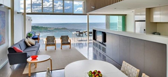 The Queenscliff House From Sydney Is A Luxury Home That Offers Awesome Views Over The Ocean