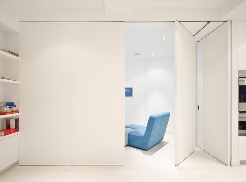 University Place Features A Clean Luxury Design - EALUXE 4