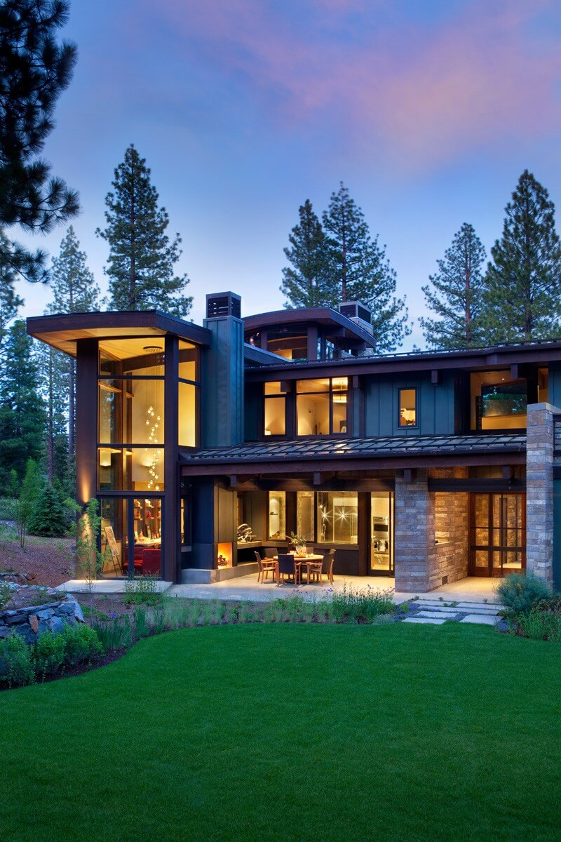 Valhalla Residence Is A Luxurious Modern Retreat 3