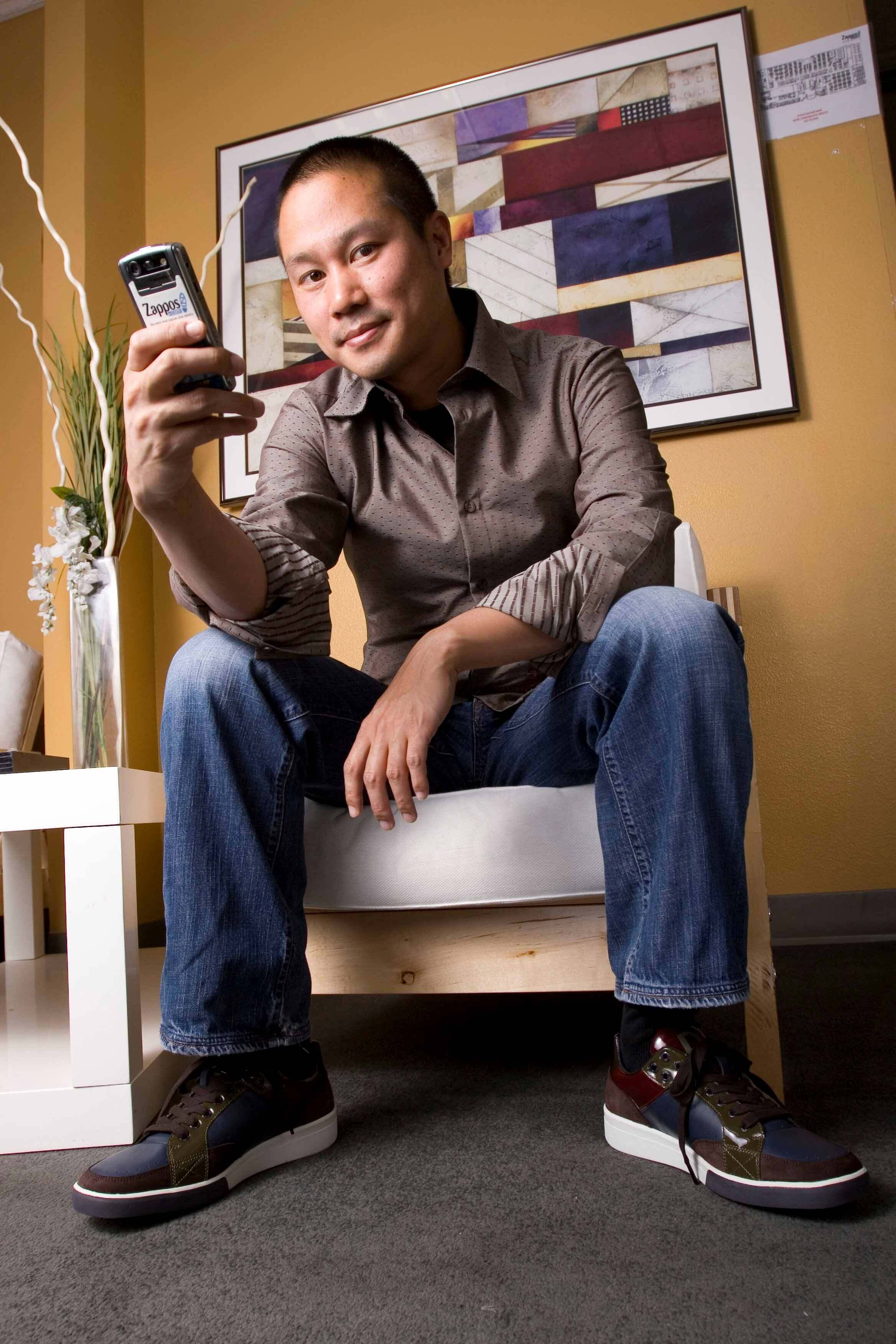 #10 Tony Hsieh | Extremely Rich People With Modest Lifestyles | Image Source: en.wikipedia.org