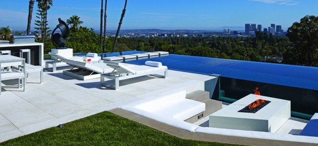 1201 Laurel Way – A Modern Gorgeous Mansion From Los Angeles Sold For $ 36.000.000