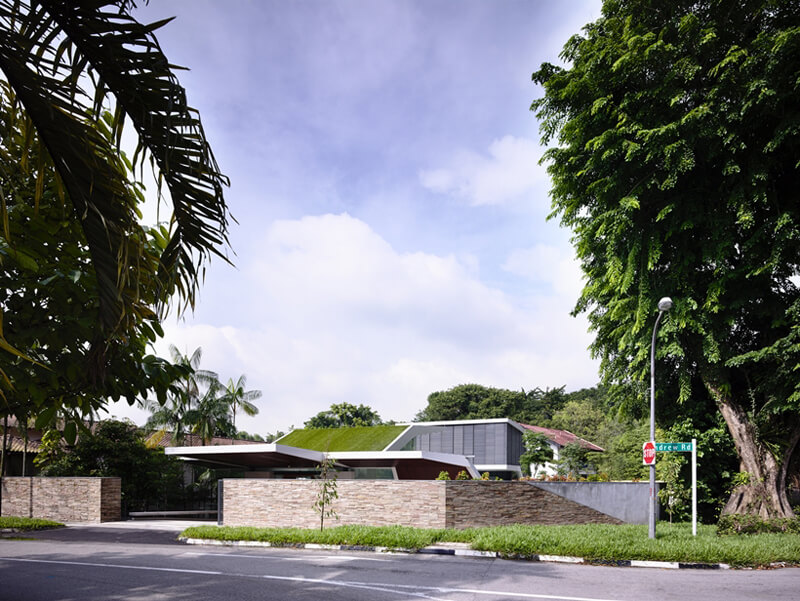 Andrew Road Residence Features A Luxurious Design 3