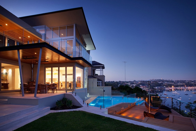 Bicton Residence Features A Luxury Backyard 1