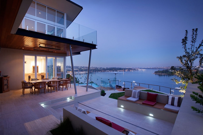 Bicton Residence Features A Luxury Backyard 10