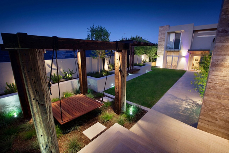 Bicton Residence Features A Luxury Backyard 2